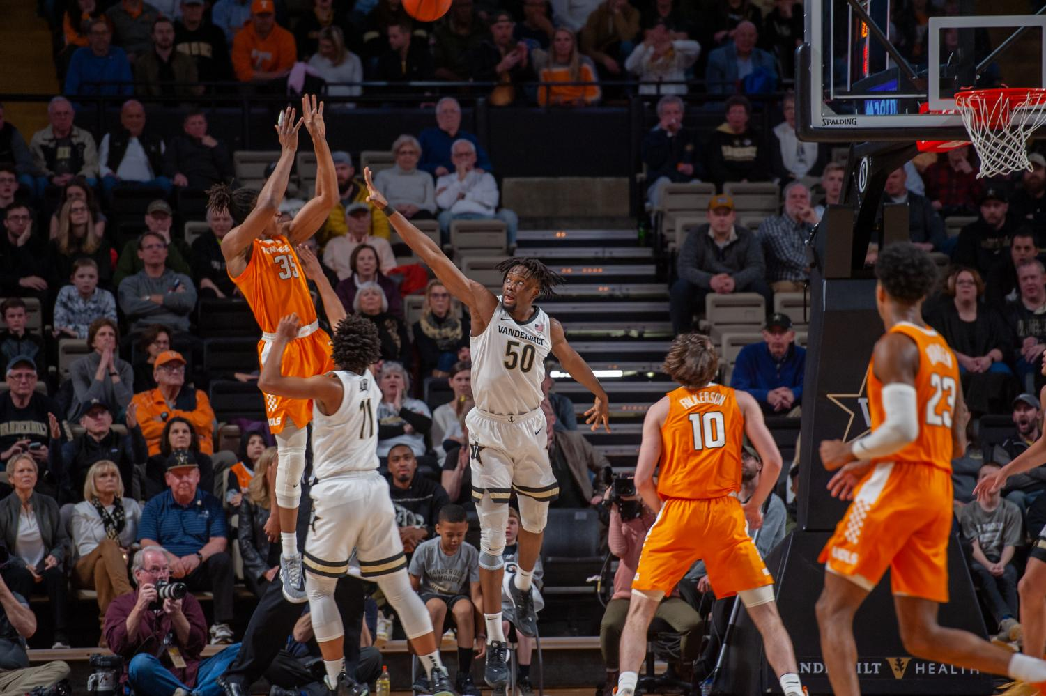 Yves Pons hits a short jumper in the early minutes against Tennessee.