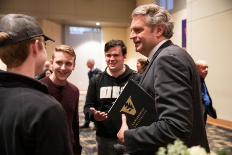 Chancellor Daniel Diermeier at a meet and greet the afternoon he was announced to be Vanderbilt