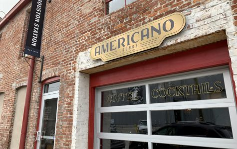 Americano Lounge didn't quite live up to its eccentric, vintage vibe.