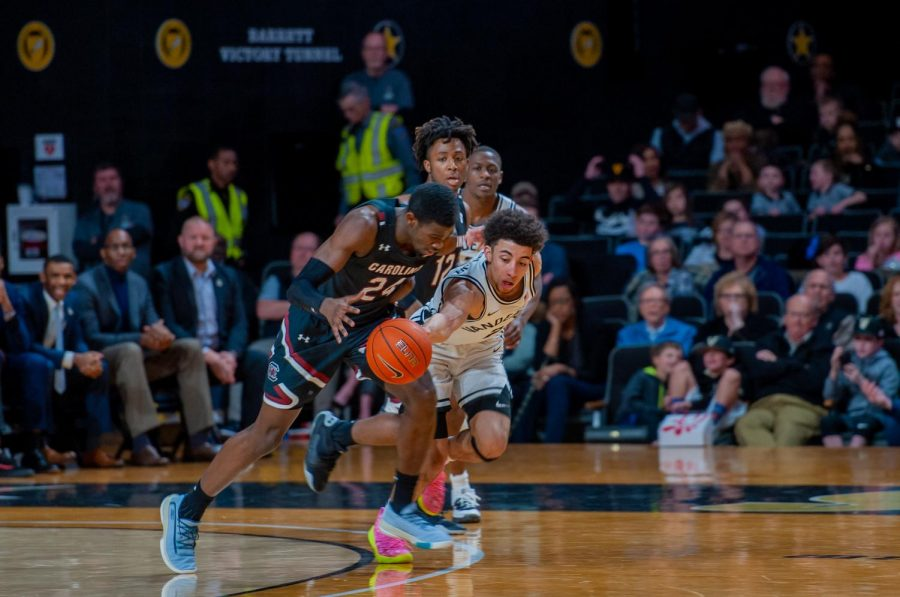 Scotty Pippen Jr. steals the ball from Keyshawn Bryant in Vanderbilts 83-74 victory over South Carolina.