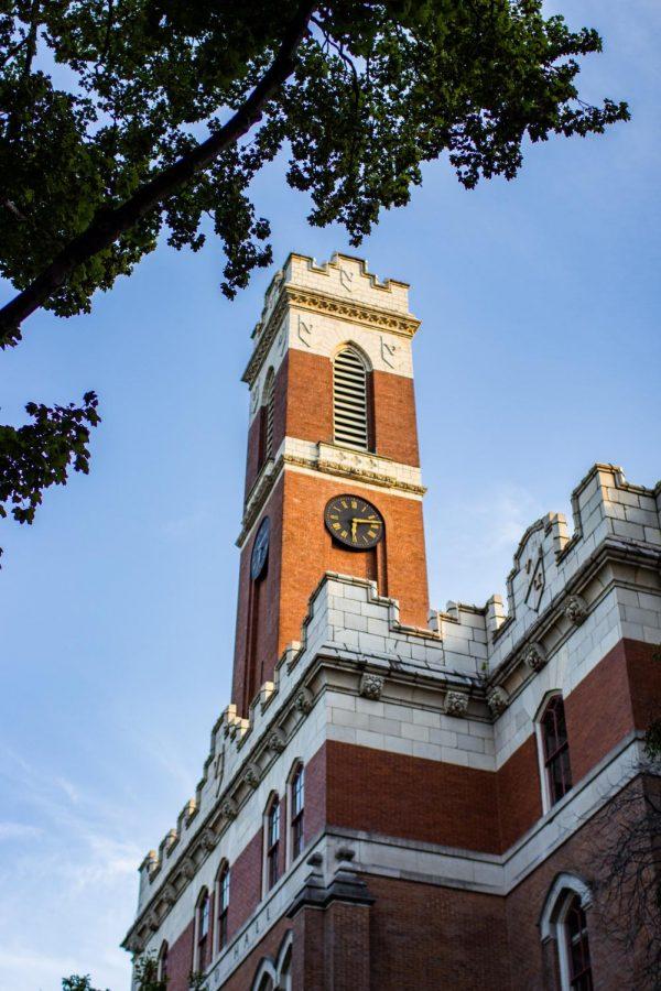 Kirkland Hall is home to the offices of many Vanderbilt professors. (Hustler Multimedia/Emery Little)