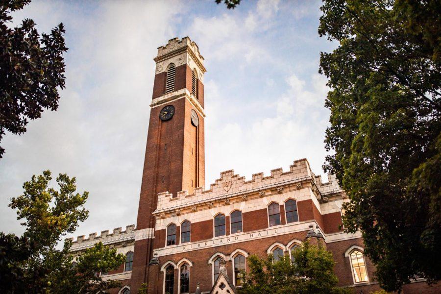 Vanderbilt administrators are located in Kirkland Hall. Photo was taken Aug. 8, 2020 at Kirkland Hall. (Hustler Multimedia/Hunter Long)