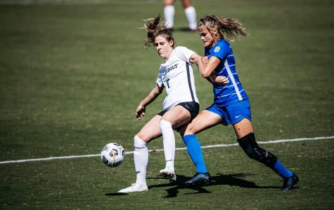 Haley Hopkins faces off against a Kentucky defender in their 3-2 victory and season opener on Sunday, September 20, 2020. (Vanderbilt Athletics // Hunter Long)