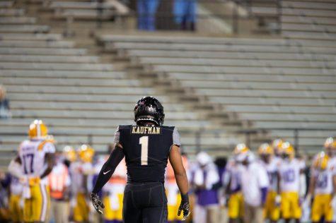 Safety Donovan Kaufman (1) and Vanderbilt football fell to #20 LSU 41-7 on Oct. 3, 2020. (Hustler Multimedia/Hunter Long)