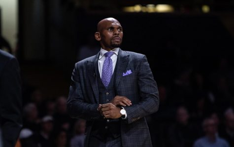 Vanderbilt Men's Basketball head coach Jerry Stackhouse is entering his second season at the helm (Hustler Multimedia/Hunter Long).