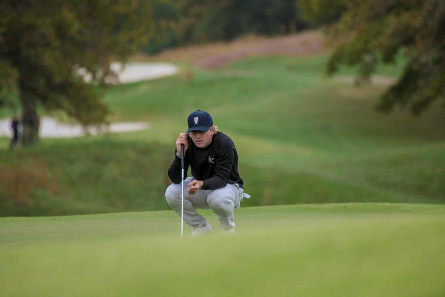 John Augenstein lines up a putt as Vanderbilt wins its first home tournament of the 2020 season. (Hustler Multimedia/Truman McDaniel)