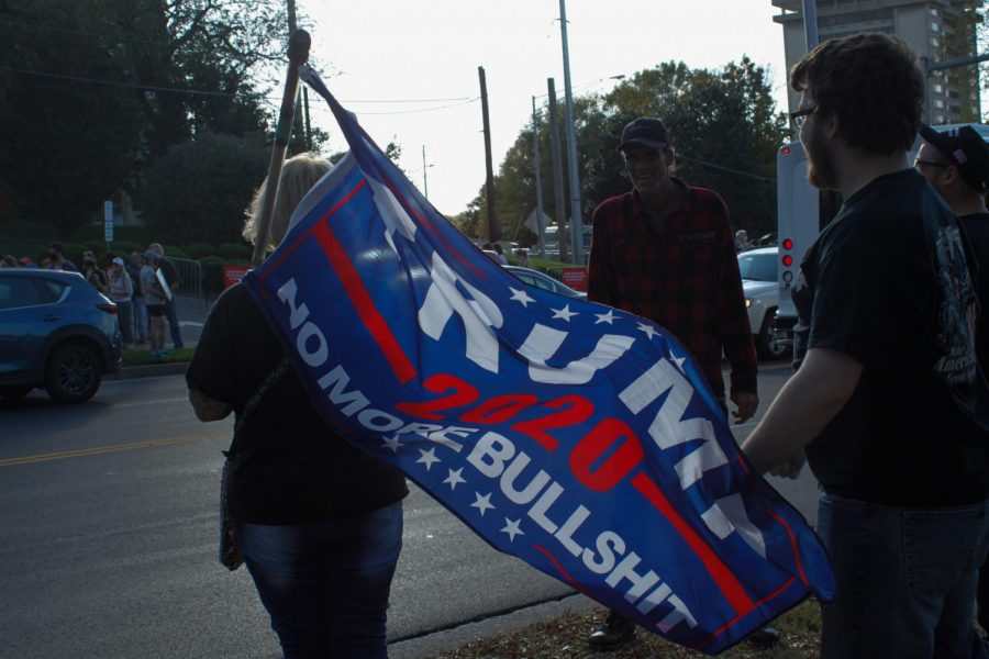 Protesters and counter-protesters stand outside of Belmont before the final presidential debate on October 22nd, 2020. (Hustler Multimedia/Chloe Postlewaite)