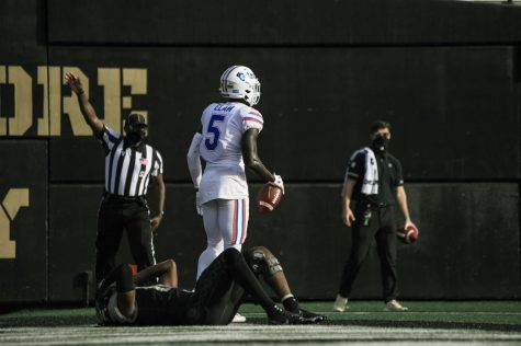 Kaiir Elam after an interception against the Vanderbilt Commodores on Nov. 21, 2020. (Hustler Multimedia/Truman McDaniel)