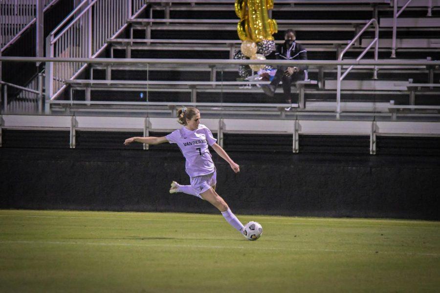 Haley Hopkins in the 2020 regular season finale against Ole Miss. (Hustler Multimedia/Truman McDaniel)
