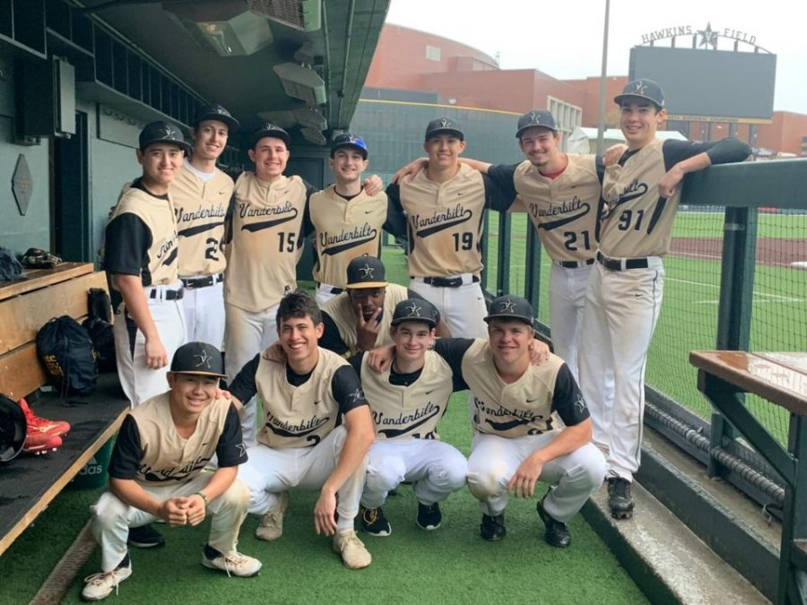 JR Harrison ('22) pictured with his Club Baseball team in a weekend series against Florida State in April 2019. Screenshot from @VUclubbaseball on Twitter. (Hustler Staff/Eva Pace)