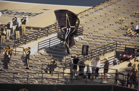 Vanderbilt stands during the Vanderbilt vs. Ole Miss game. (Hustler Multimedia/Josh Rehders)
