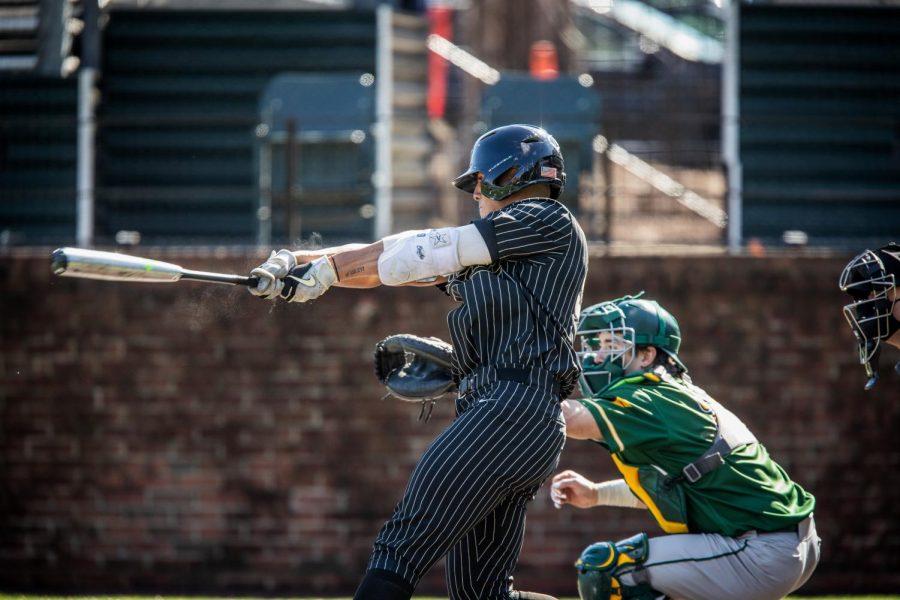 Jayson Gonzalez swings in Vanderbilt