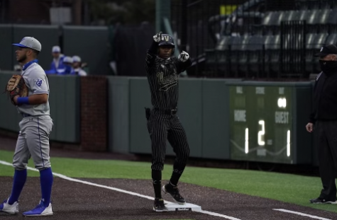 Enrique Bradfield Jr. celebrates his RBI single against Georgia State. (Hustler Multimedia/Truman McDaniel)
