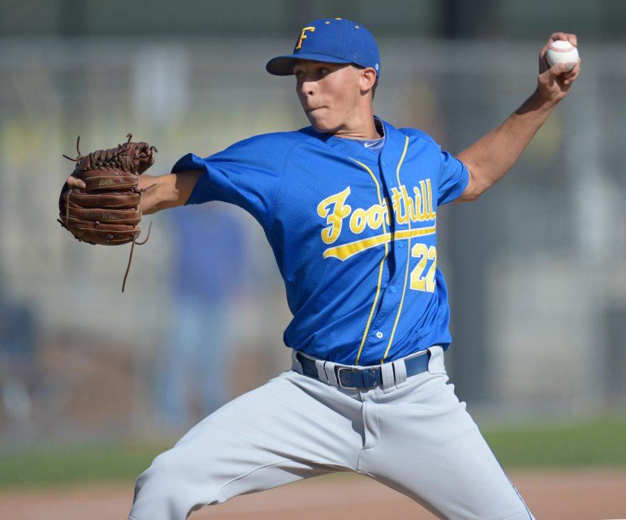 Brett Hansen pitches for Foothill High School in 2018. Photo Credit: Susan Tripp Pollard/Bay Area News Group