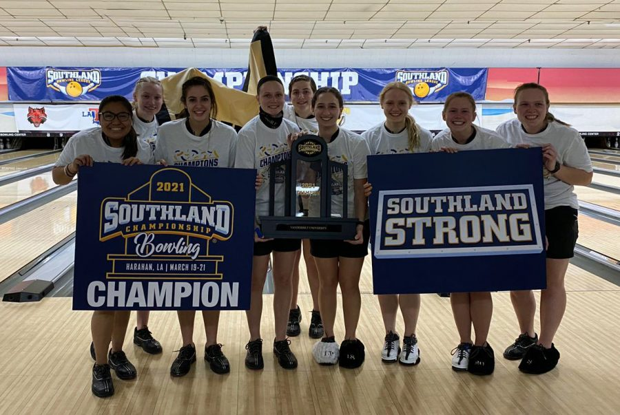 Vanderbilt wins the 2021 Southland Bowling Tournament. (Twitter/@VandyBowling)