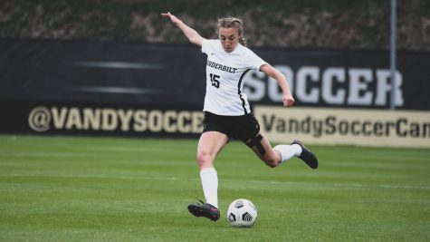 Vanderbilt soccer controls Kennesaw State in a convincing 3-1 victory
