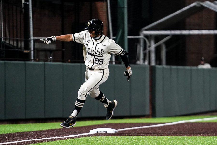 Jayson Gonzalez trots around third base in a mid-week matchup. (Hustler Multimedia/Truman McDaniel).