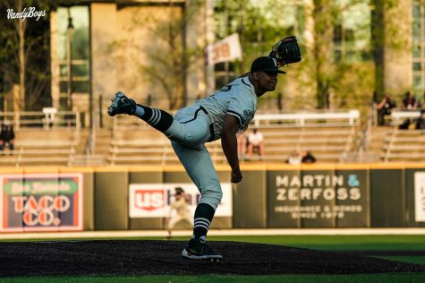 Christian Little pitches against UT-Martin on April 6, 2020. (Twitter/@VandyBoys)