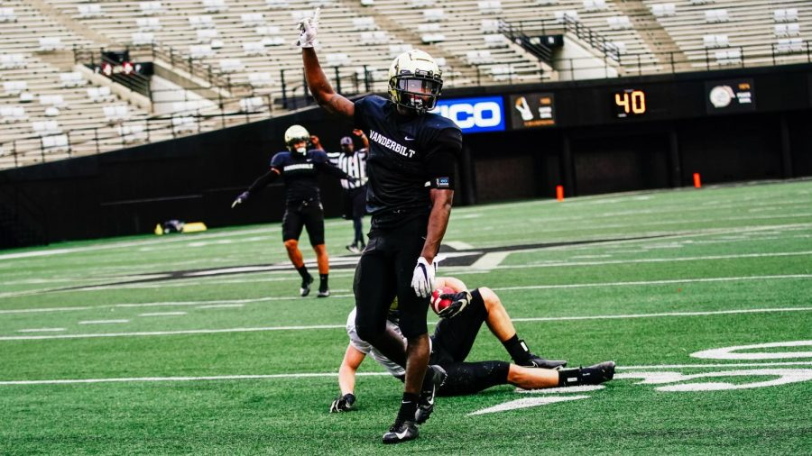 Vanderbilt football competes in its second scrimmage of the spring. (Twitter/@VandyFootball)