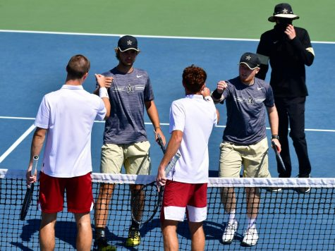 Men's Tennis: Commodores eliminated from SEC Tournament in 4-0 loss to Arkansas Razorbacks