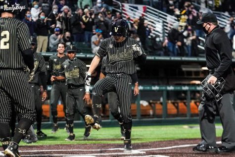 Vanderbilt took game one of a three-game series with Alabama this weekend at Hawkins Field. (Twitter/@VandyBoys).