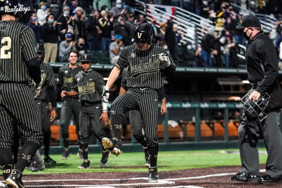 Vanderbilt+took+game+one+of+a+three-game+series+with+Alabama+this+weekend+at+Hawkins+Field.+%28Twitter%2F%40VandyBoys%29.