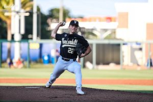 Jack Leiter pitches during an 11-8 loss to the Florida Gators. (Twitter/@VandyBoys).
