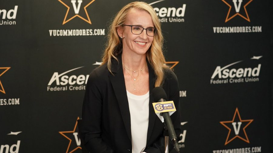 Vanderbilt head coach Shea Ralph completed her assistant coaching staff in late April. (Twitter/@VandyWBB).