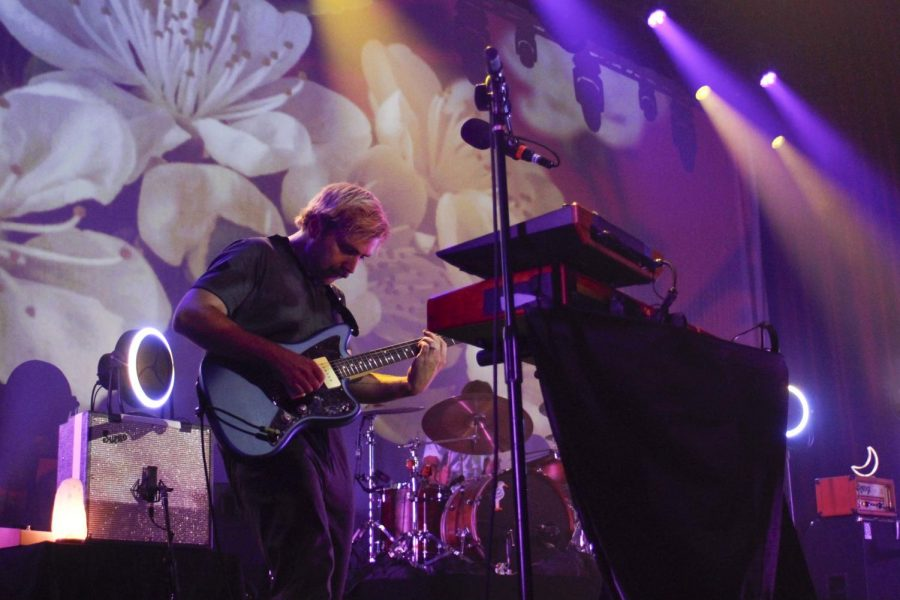 Guitarist Erik Romero put on quite a show at the Brooklyn Bowl on Sept. 24. (Hustler Multimedia/Chloe Postlewaite)