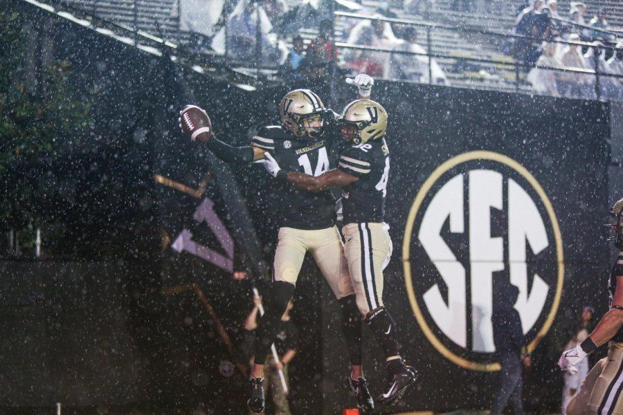 Will Sheppard hauled in two touchdowns for Vanderbilt on Saturday (Hustler Multimedia / Mattigan Kelly).