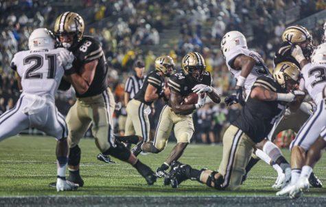 Vanderbilt football rushing touchdown